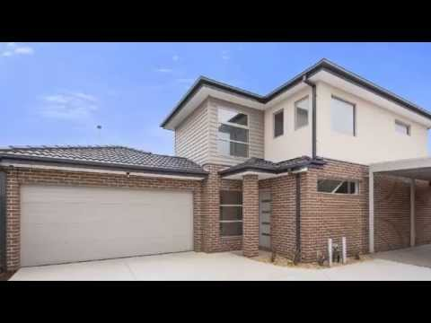 FOR PRIVATE SALE 2/83 Barber Drive Hoppers Crossing Vic 3029