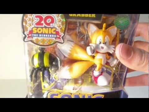 "Review: Jazwares: Sonic 20th Anniversary: Classic Tails 3"" Figure with Grabber"