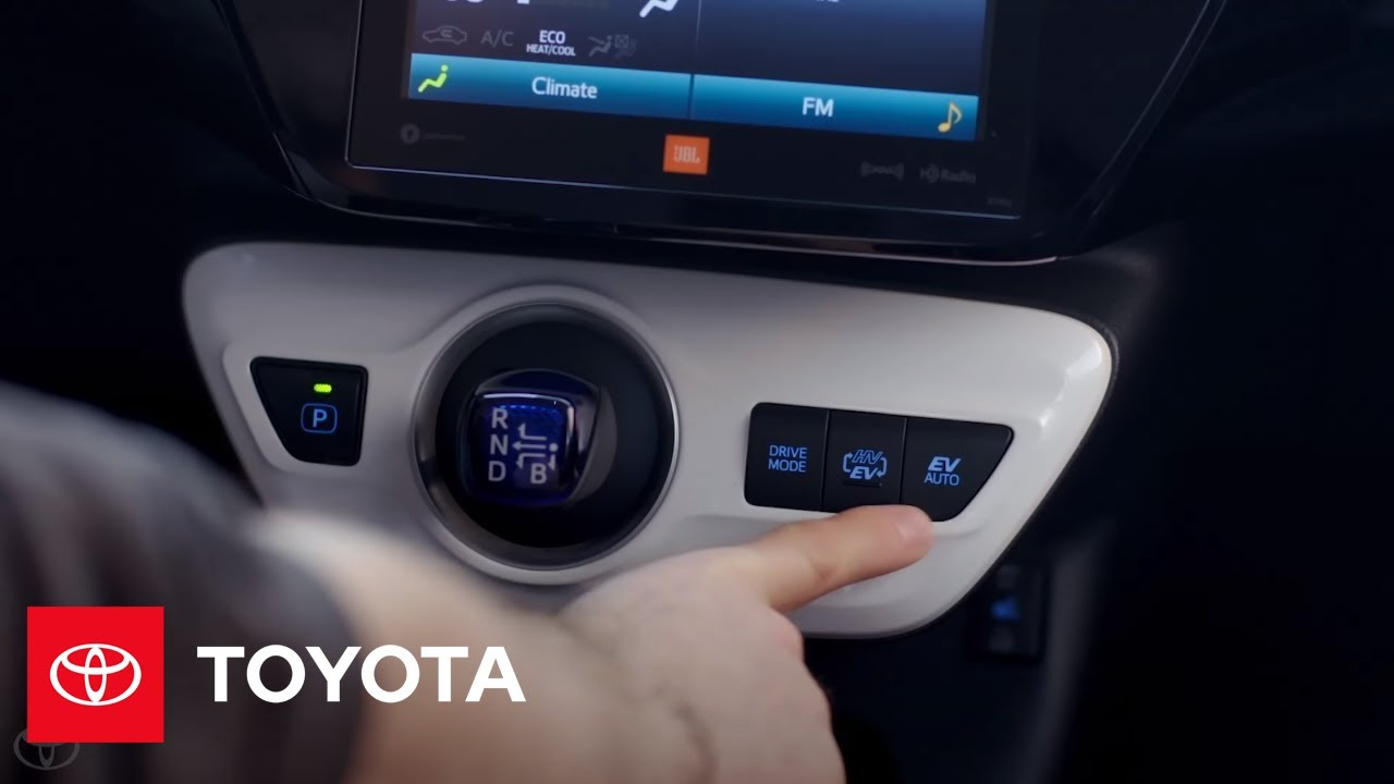 2017 Toyota Prius Prime Innovative Driving Modes