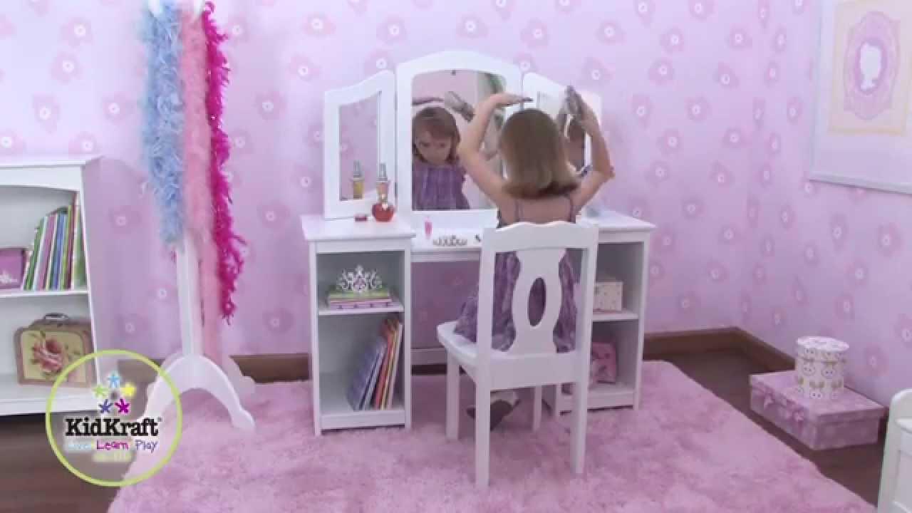coiffeuse en bois pour enfant avec chaise et triple miroir. Black Bedroom Furniture Sets. Home Design Ideas