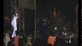 Download Video Zaskia Gotik Goyang Masyarakat di Pasir Pengaraian Rohul, Penonton Malah Fokus Lihat Anunya. MP3 3GP MP4