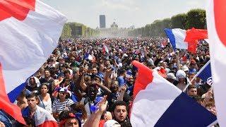 France v Croatia : Celebrations in Pari...