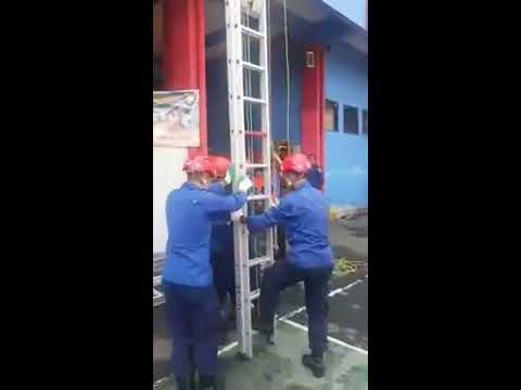 Fire & rescue jakarta timur...ladder rescue...