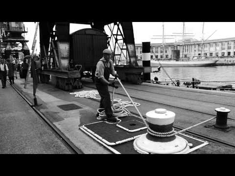 Shunting Wagons at Docks Heritage Weekend - Bristol