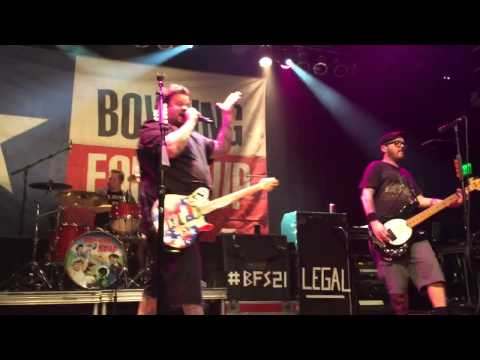 [HD] Bowling For Soup - High School Never Ends (Live at House of Blues Anaheim)