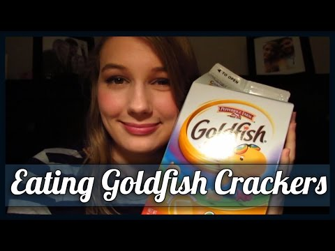 [BINAURAL ASMR] Eating Goldfish Crackers (mouth sounds w/ some whispering)