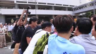 金鐘現場:黑幫人士暴力拆鐵馬爆發激烈衝突(10月13日)