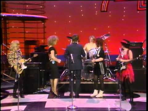 Dick Clark Interviews The Go Go's - American Bandstand 1981