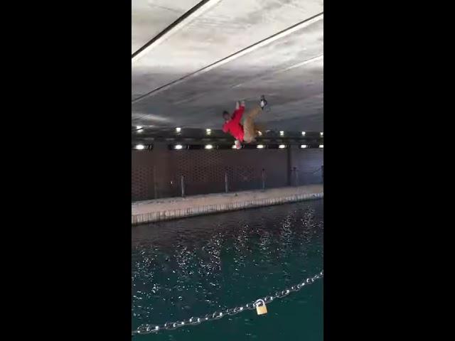 Urban Deep Water Solo
