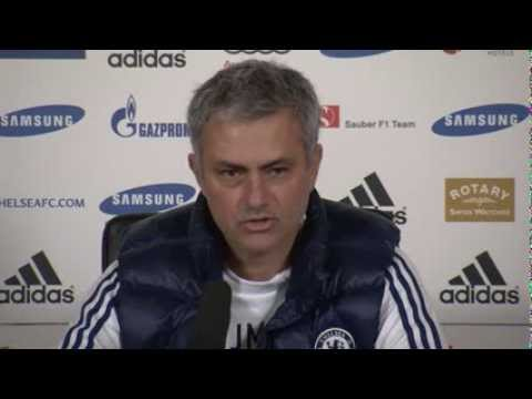 Mourinho lashes out at 'failure specialist' Wenger