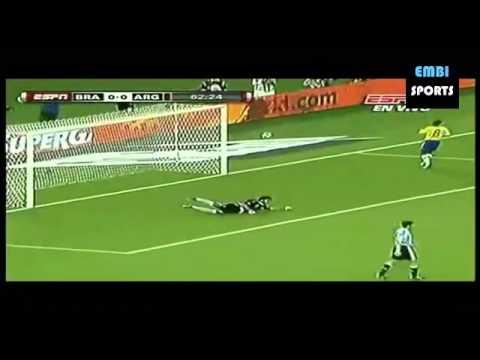 Argentina vs Brasil (1-0)  (17/11/2010) - Gol de Messi - Amistoso Internacional