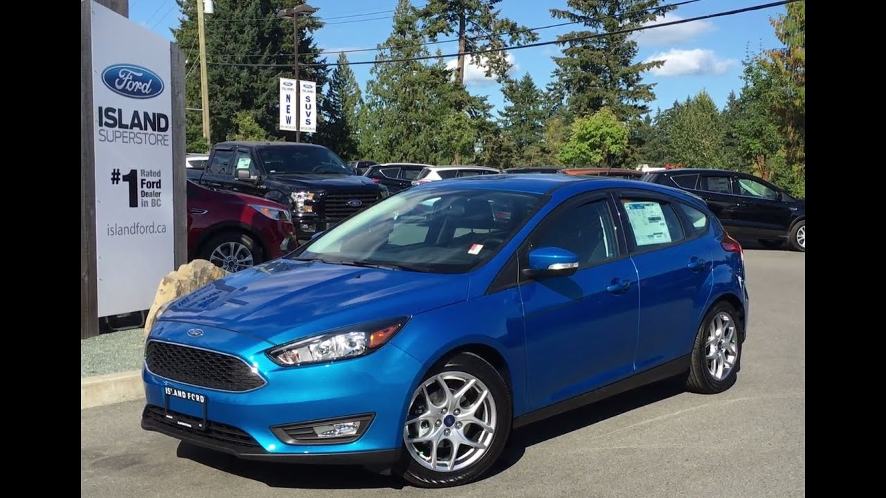 2016 ford focus se ambient lighting spoiler review island ford youtube. Black Bedroom Furniture Sets. Home Design Ideas