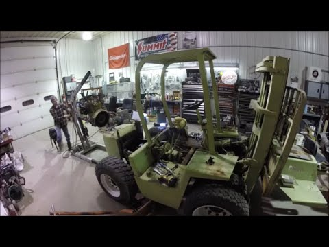 Clark IT-40 Forklift Engine Replacement Part 2 of 9