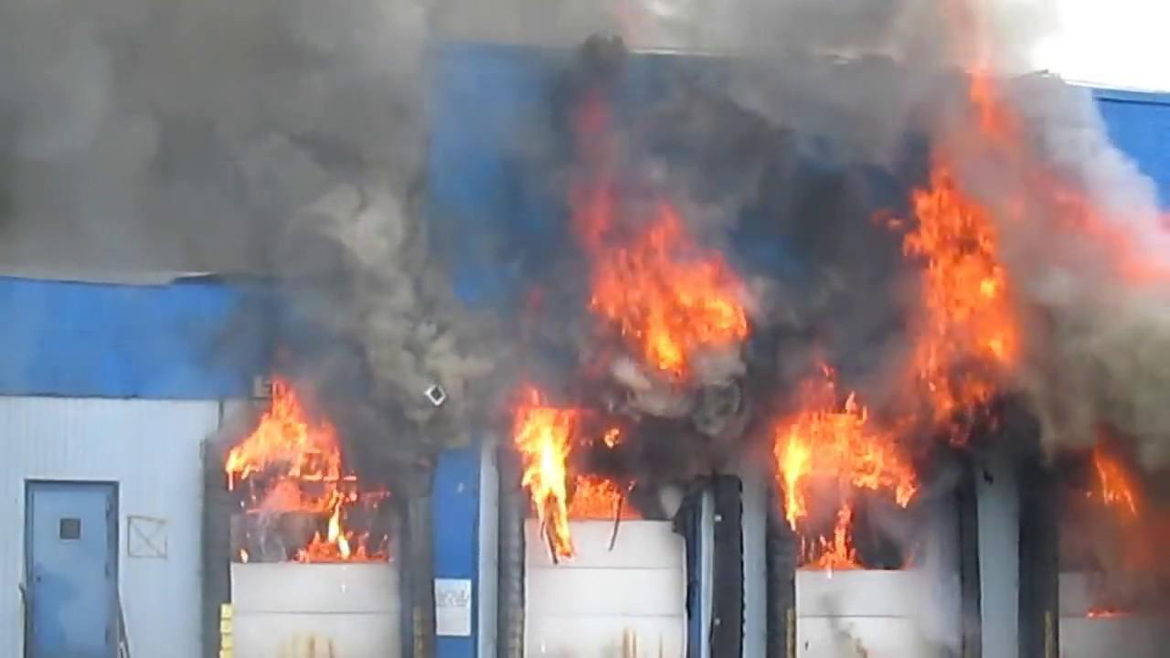 FIRE IN BROOKLYN NEW YORK CITY - YouTube