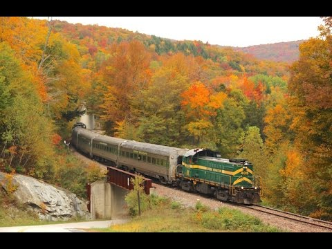 Peak Fall Foliage along the Green Mountain Line - 2016