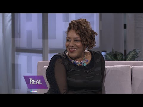 CCH Pounder on the Perks of Having an Unisex Name