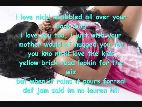 Nicki Minaj Can anybody hear me with lyrics