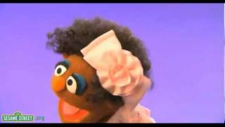 Whip My Hair-Willow Smith & Sesame Street Come Together For Self-Esteem & The Love Of Natural Hair