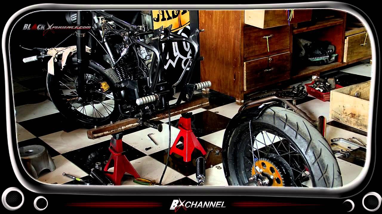 Nin Rocksta Berhasil Selesaikan Modifikasi Honda Gl Max British Chopper