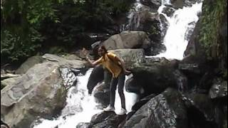 Kudremukh (Part-1/7) Roadside Waterfall