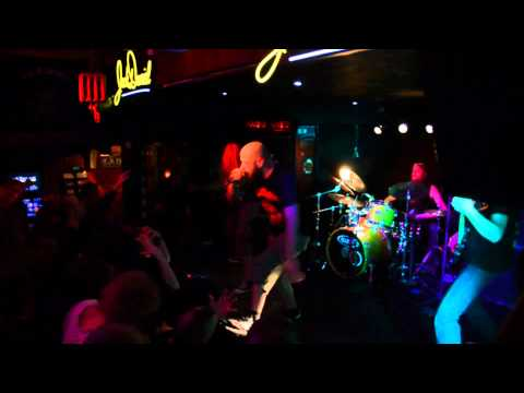 Pantera Tribute - Drag the Waters