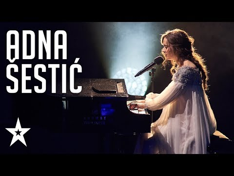 Adna Šestić sings beautifully while playing piano│Supertalent 2018│Finals