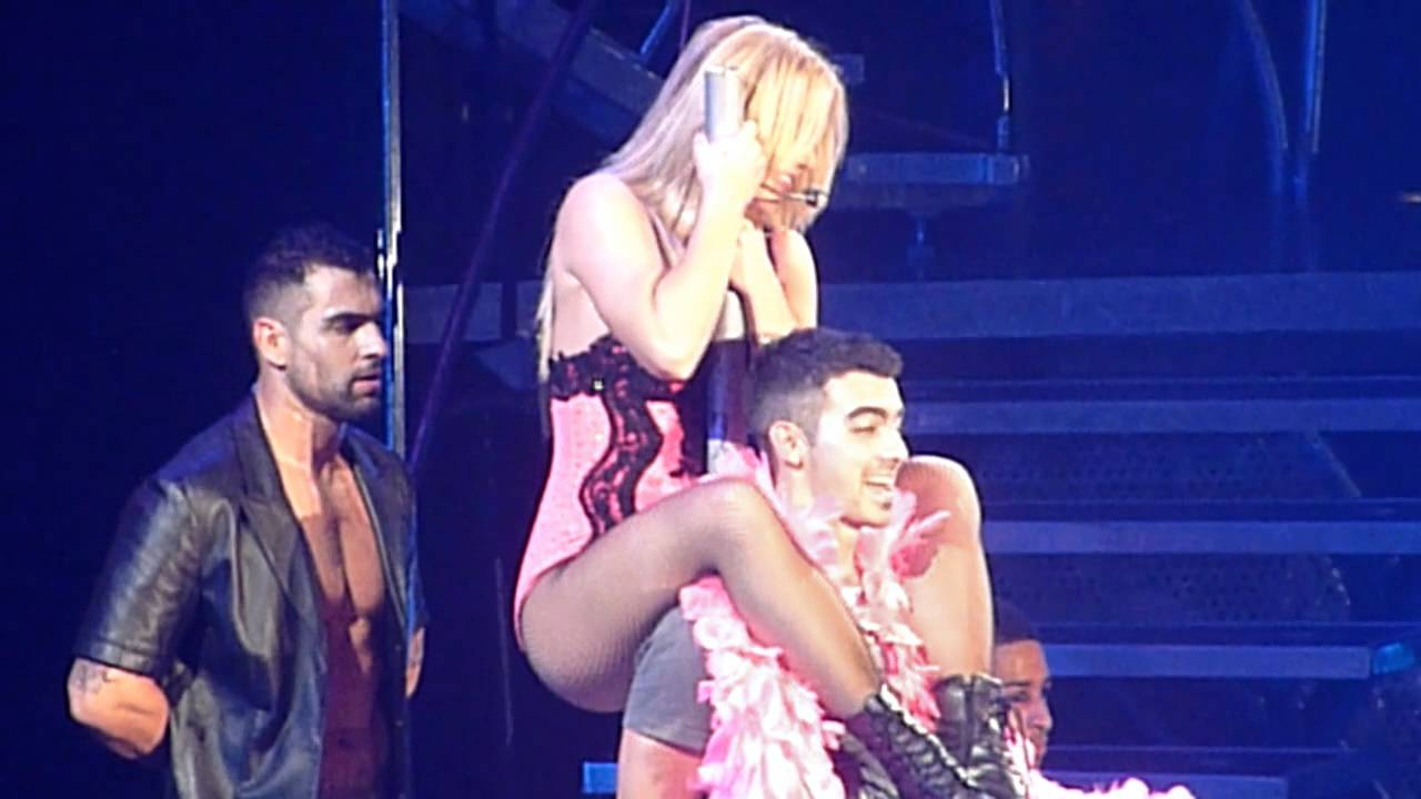 britney spears lace and leather joe jonas femme fatale tour halloween 311011 - Joe Jonas Halloween