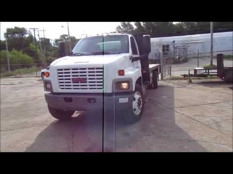 2006 GMC TopKick C7500 flatbed truck for sale | no-reserve Internet auction  September 28, 2017