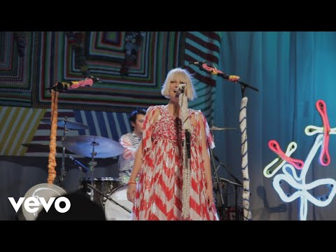 Sia - Clap Your Hands (Live At London Roundhouse)