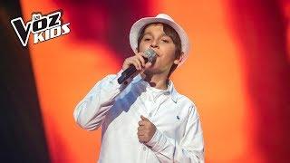 Tono canta Sin Medir Distancias - Audiciones a ciegas   La Voz Kids Colombia 2018