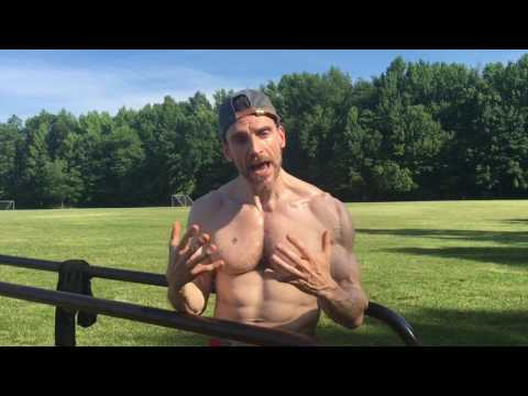 best-exercise-for-a-big-chest,-chest-workout,-how-to-perform-dips