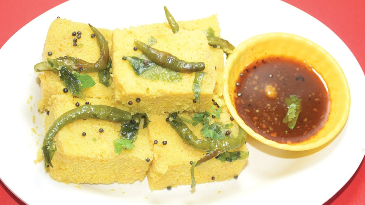 Dhokla Recipe - How to make Dhokla at home - Quick and Easy Soft Besan  Dhokla