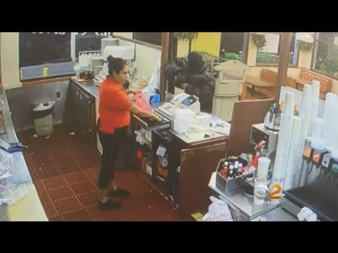 Fast Food Tables Turned When Robber Sticking Up Restaurant Shot By Someone At Drive-Thru Window, Pol streaming vf