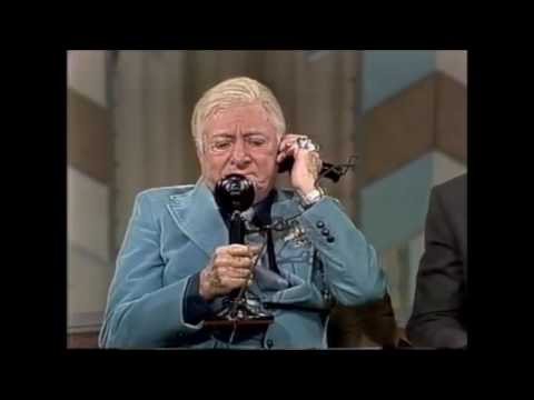 George Jessel at age 82! On the Mike Douglas  1980