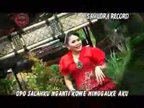 TALINE ASMORO  HOUSE MUSIC WIWIK SAGITA