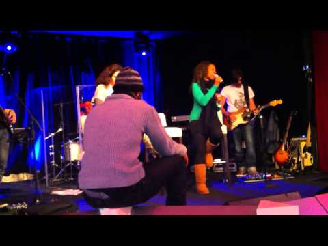 Project Soul warm ups- BREATH AGAIN - TONI BRAXTON (Live Band Cover)  Nina Nyembwe