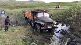 Наконец Нам Удалась Вытащить Урал с помощью Тракторов