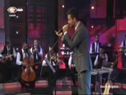 sinan özen müslüm gürses şarkısı aldanma çocuksu mahsun yüzüne 01.02.2013