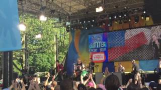 Gambar cover Green Day - Youngblood @ GMA Summer Stage NYC