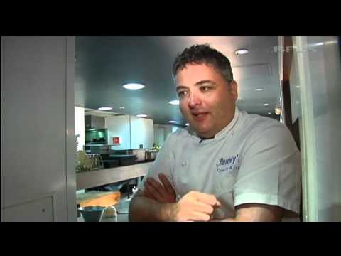 RAF chef gets taste of life in top restaurant  28.10.11