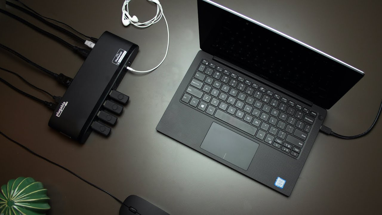 Plugable USB 3.0 4K DisplayPort Adapter for Multiple Monitors
