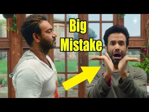 {HUGE MISTAKES}  In Golmaal Again - Plenty Mistakes In Golmaal Again Full Hindi Movie