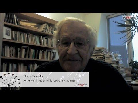 Noam Chomsky spricht über NATO, Russland und Propaganda