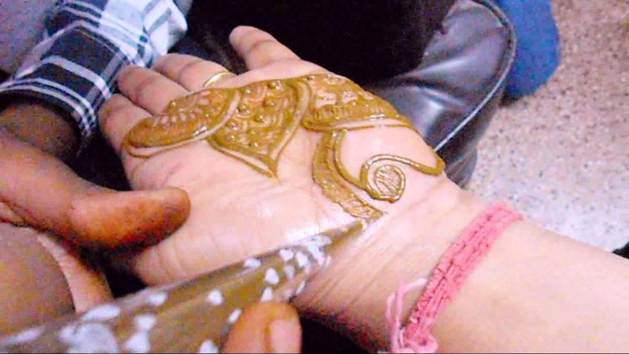 Putting Mehndi On Hands Games : Artistic mehndi making henna design for full hand quick mehendi