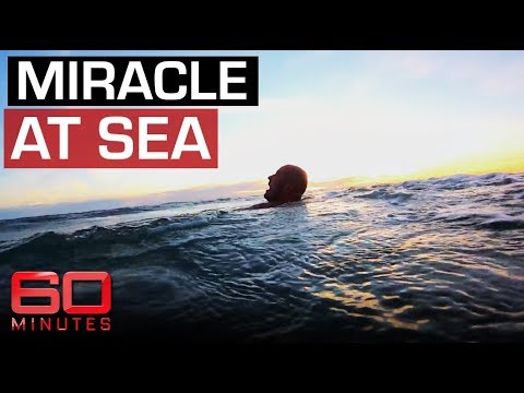 Surfer falls overboard and forced to fend off sharks | 60 Minutes Australia