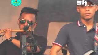 Download lagu SK GROUP ANISTA VEGADEBU DEBU JALANAN MP3