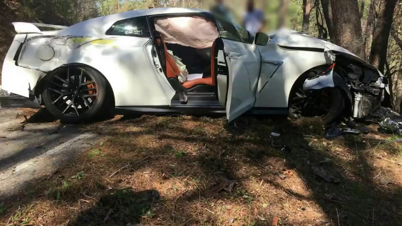 Gtr Race Car Crash
