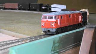 【16番(HO)】DD54牽引・貨物列車