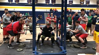 17 YEAR OLD GIRL BREAKS ALL RECORDS AT POWERLIFTING MEET