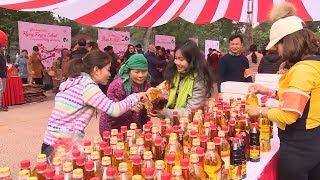 Ấm lòng phiên chợ Tết 0 đồng cho người nghèo tại Hà Nội